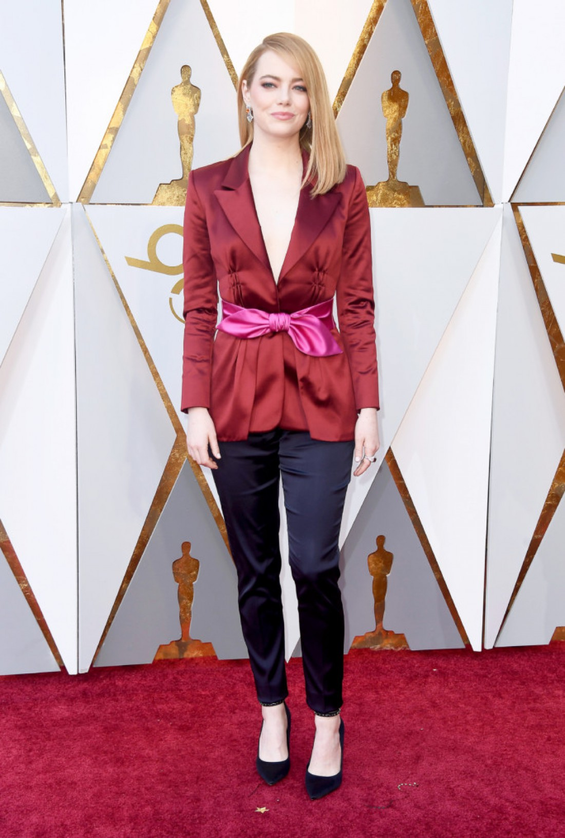 Эмма Стоун в костюме Louis Vuitton