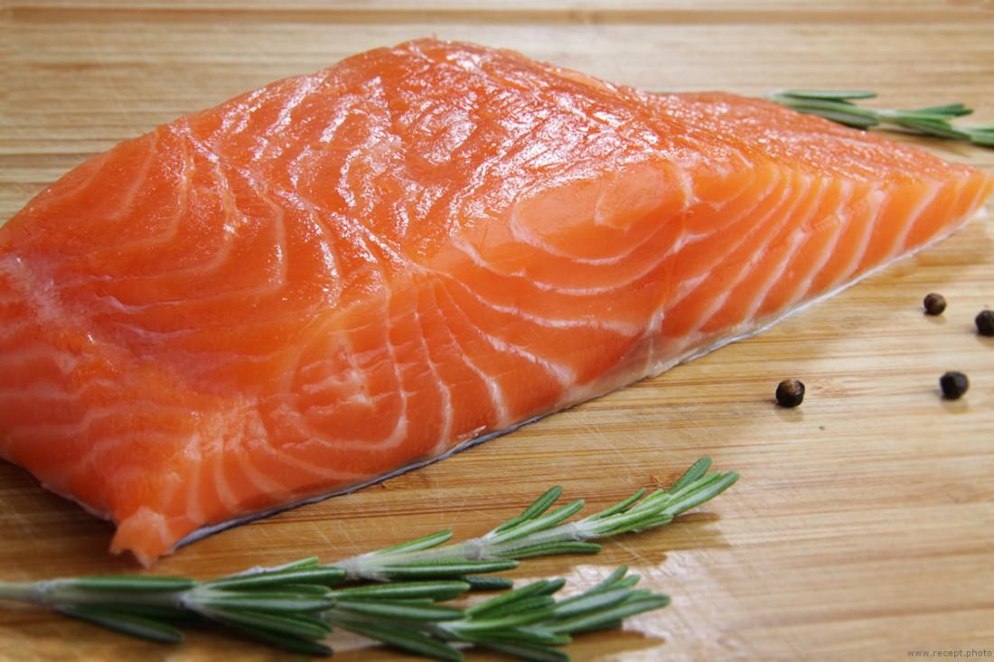 Филе лосося — вкусно, но много холестерина