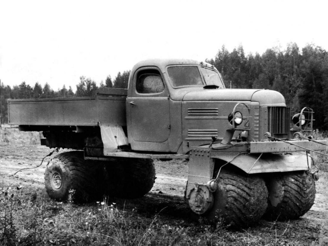 ЗИС-132С (1964). Мощная, но тяжелая и едва управляемая штука