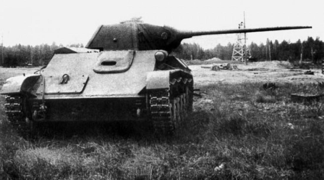 Т-70. Выпущено несчастных 8231 штук (на фоне с 84 тысячами 070 единиц Т-34)