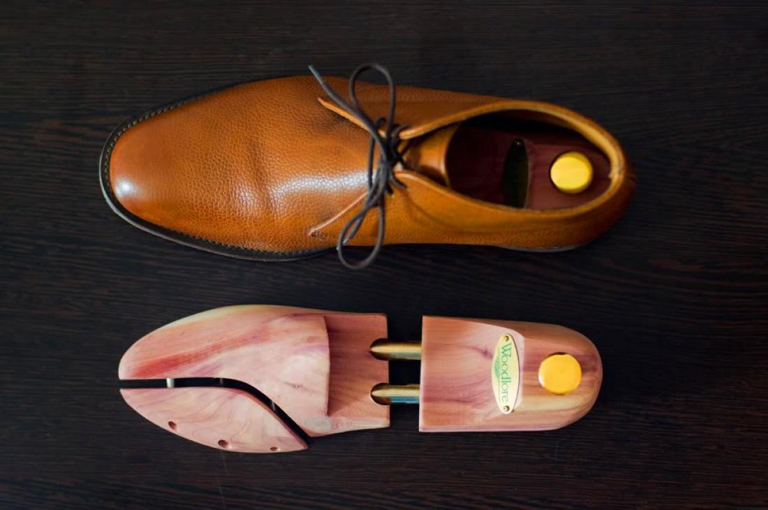Как растянуть обувь в домашних