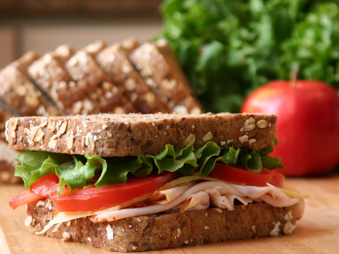 Каким бы не был твой сэндвич, готовь его из цельнозернового хлеба