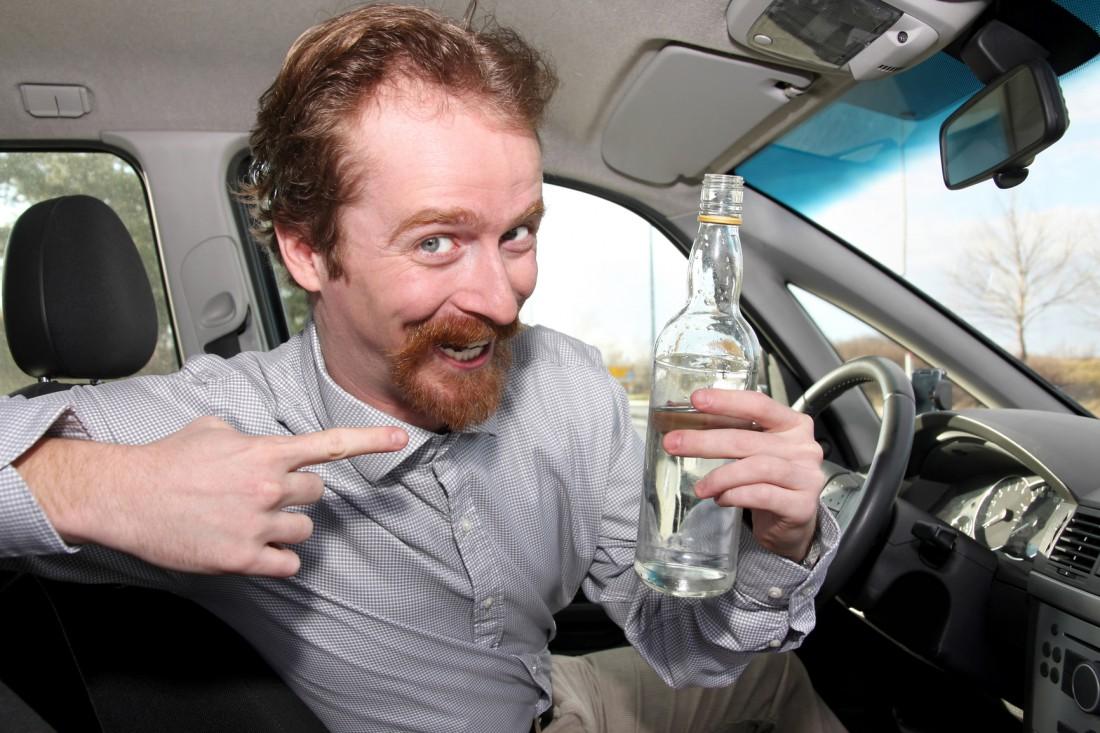 Пить водку можно даже больным американцам. Правда, пить в меру
