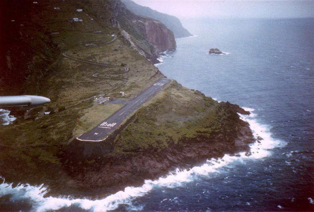 Длина ВПП аэропорта на острове Саба — 396 метров
