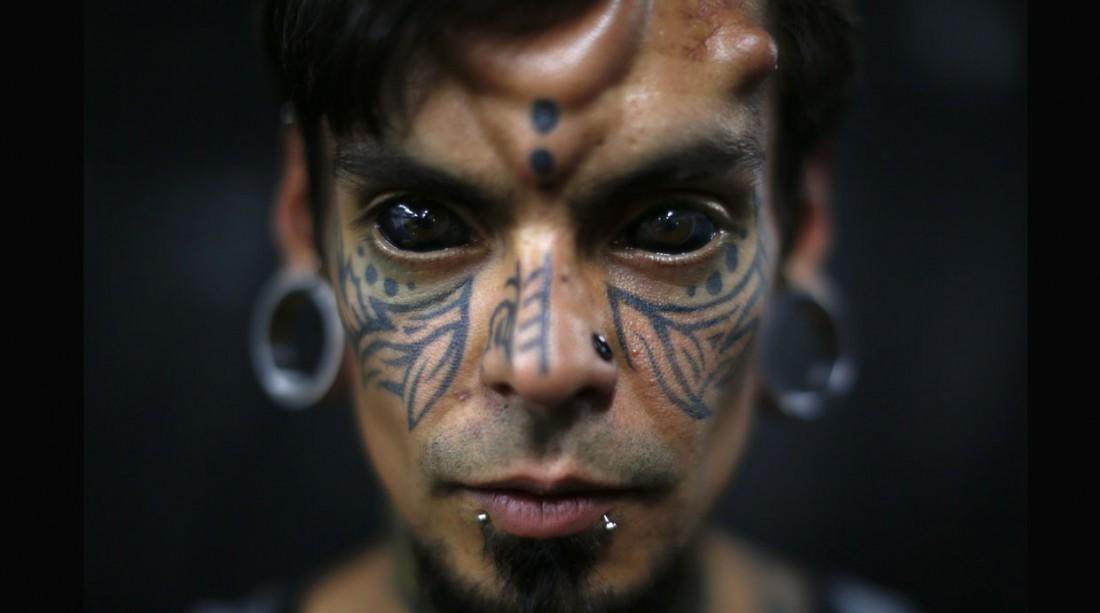 Карлос Деакиз (Carlos Dehaquiz), или просто ходячая кунсткамера