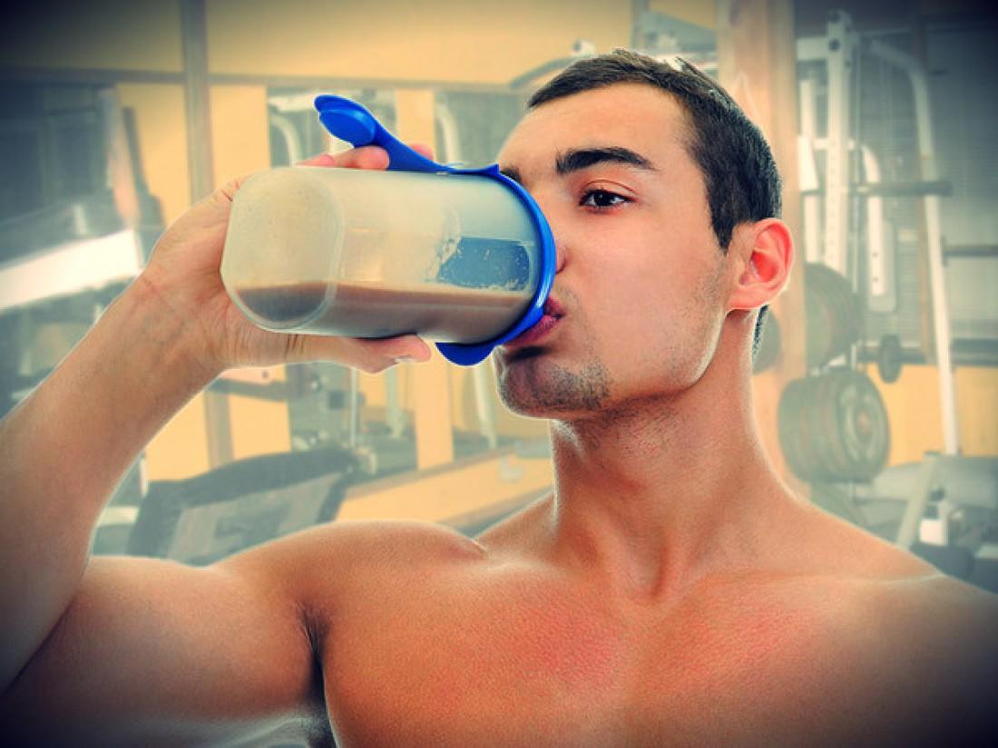 Как набрать полезной массы — пей протеиновые коктейли