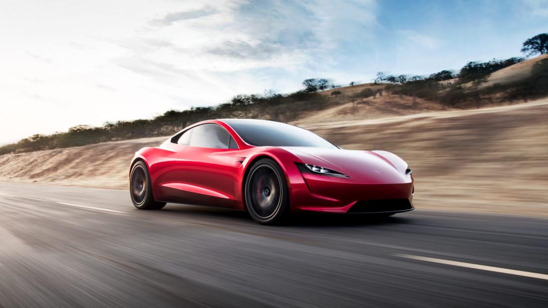 Максимальная скорость Tesla Roadster перевалила за отметку 400 км / час