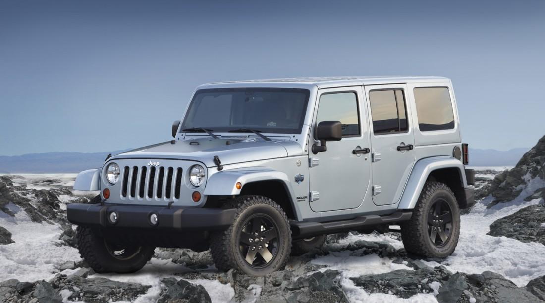 Jeep Wrangler привлекает дам своими силой и неудержимостью
