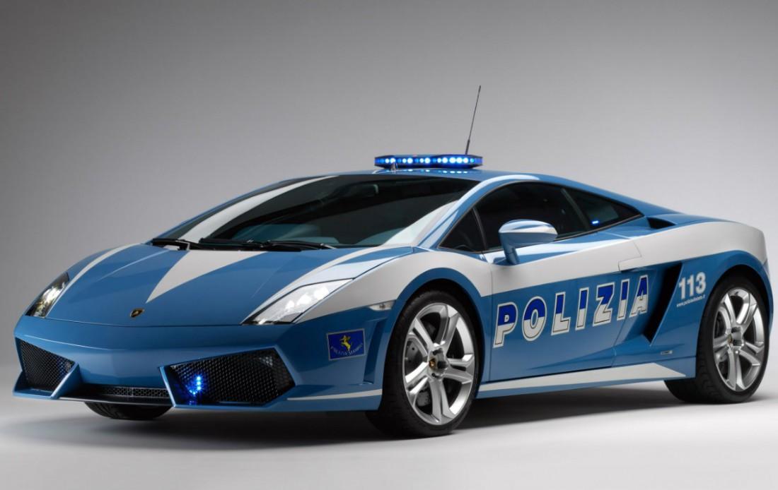 В автопарке итальянской полиции есть две Lamborghini Gallardo