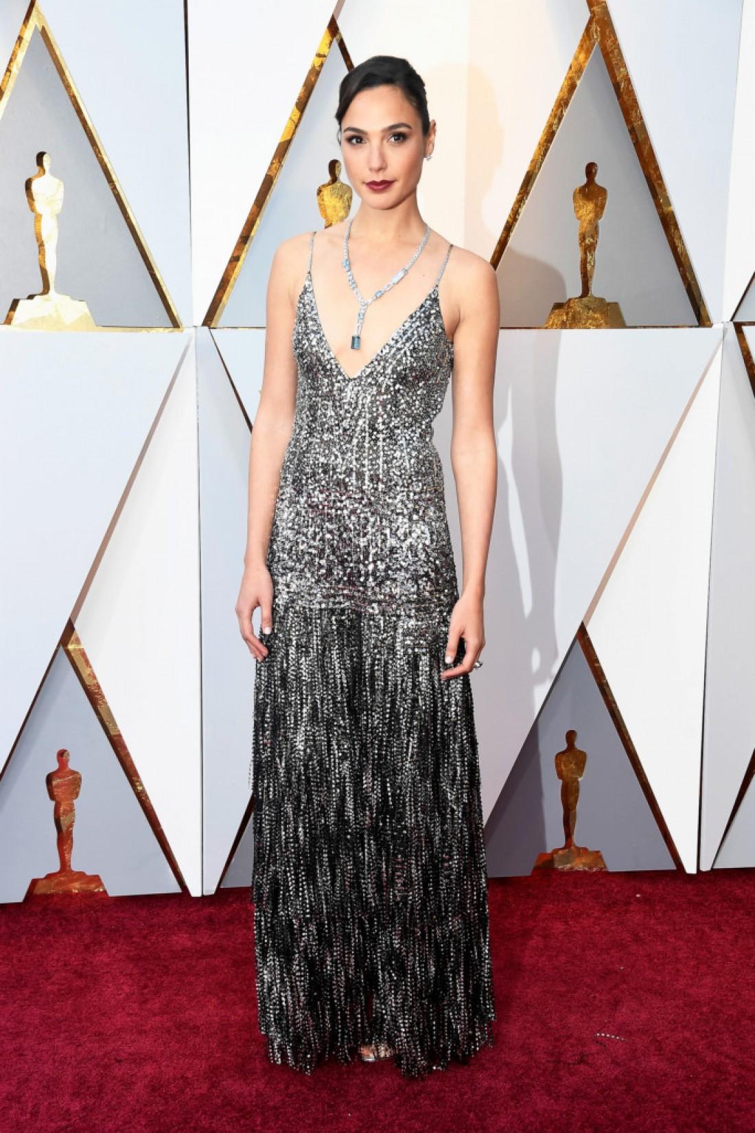 Галь Гадот в платье Givenchy