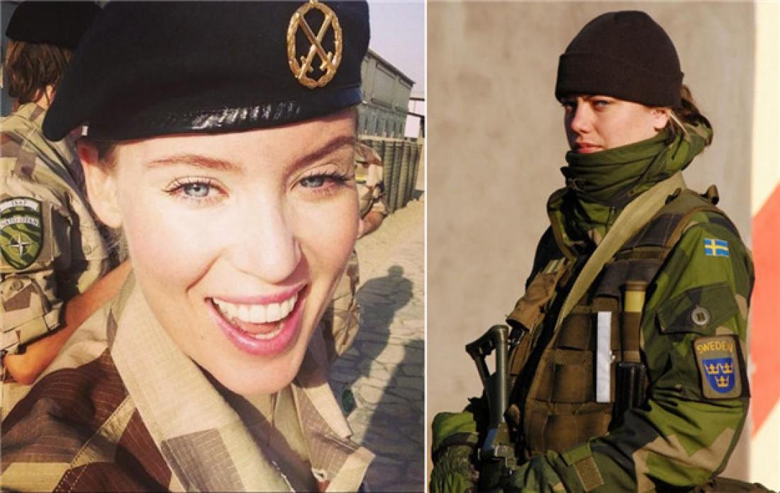 Шведские солдатки всегда улыбаются