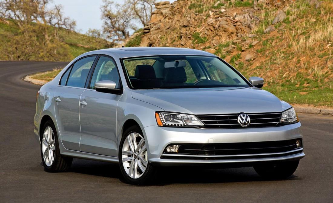 Volkswagen Jetta в Италии сравнивают с выброшенным мусором