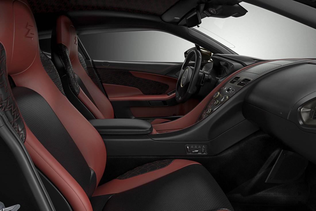 Салон Aston Martin Vanquish Zagato — сочетание кожи и углепластика