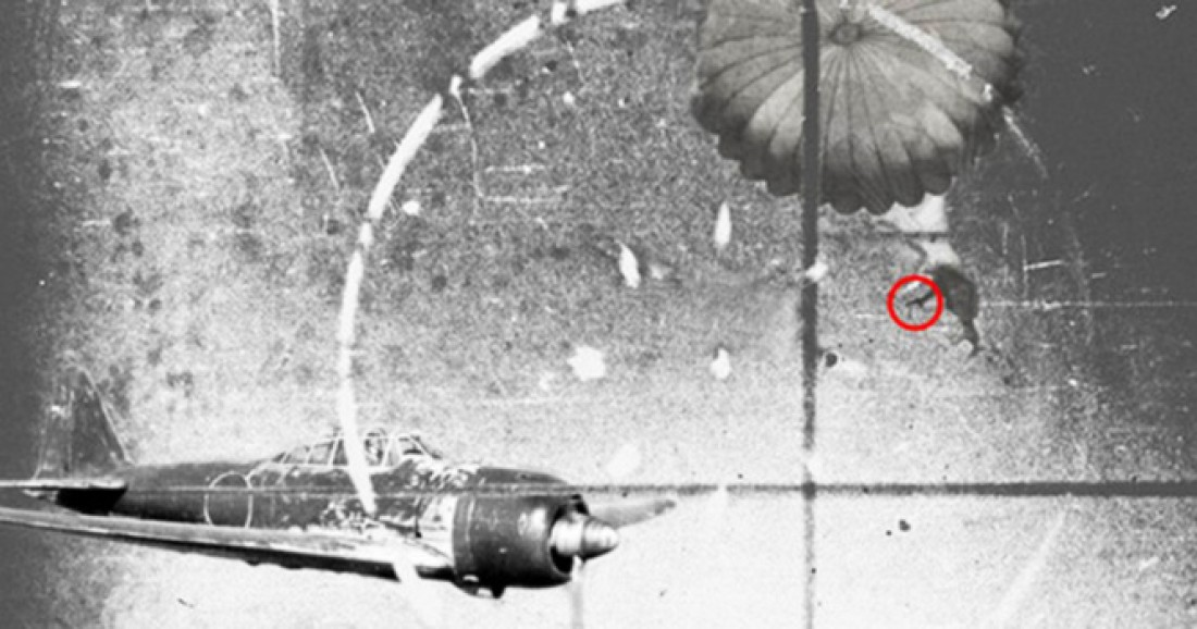 Бесстрашный Оуэн Бэггетт палит в японский Zero