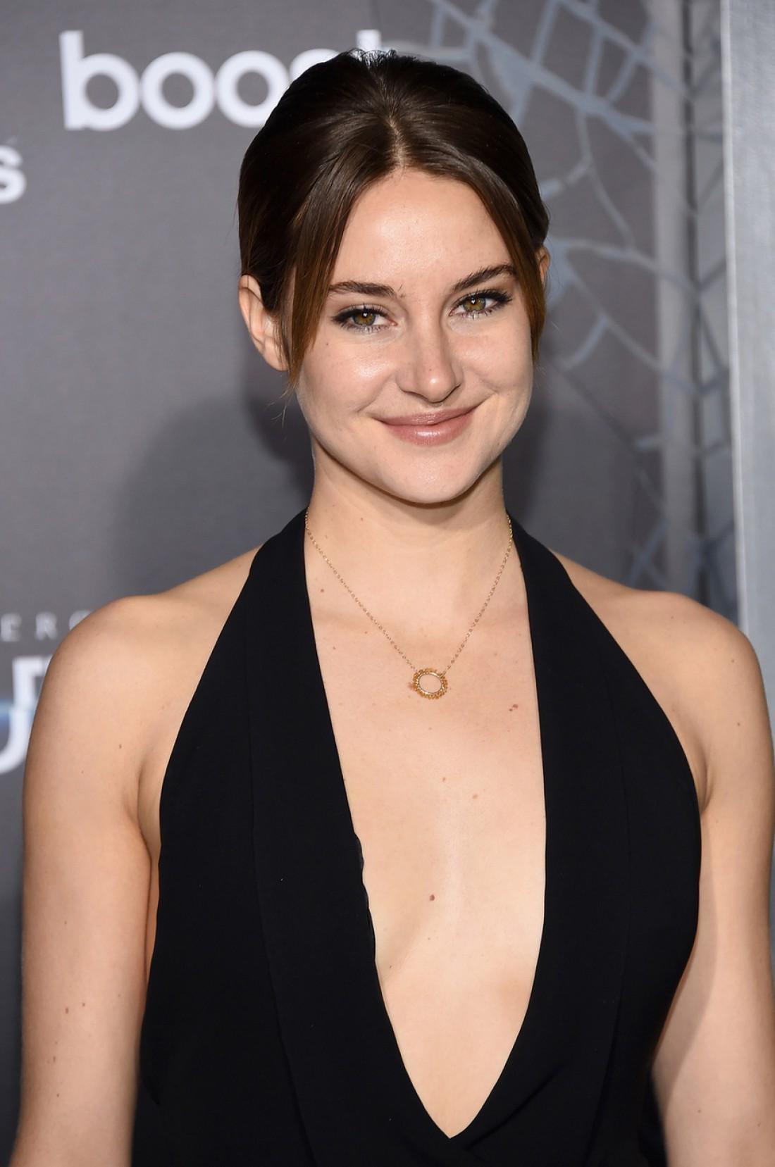 24-летняя Шейлин Вудли