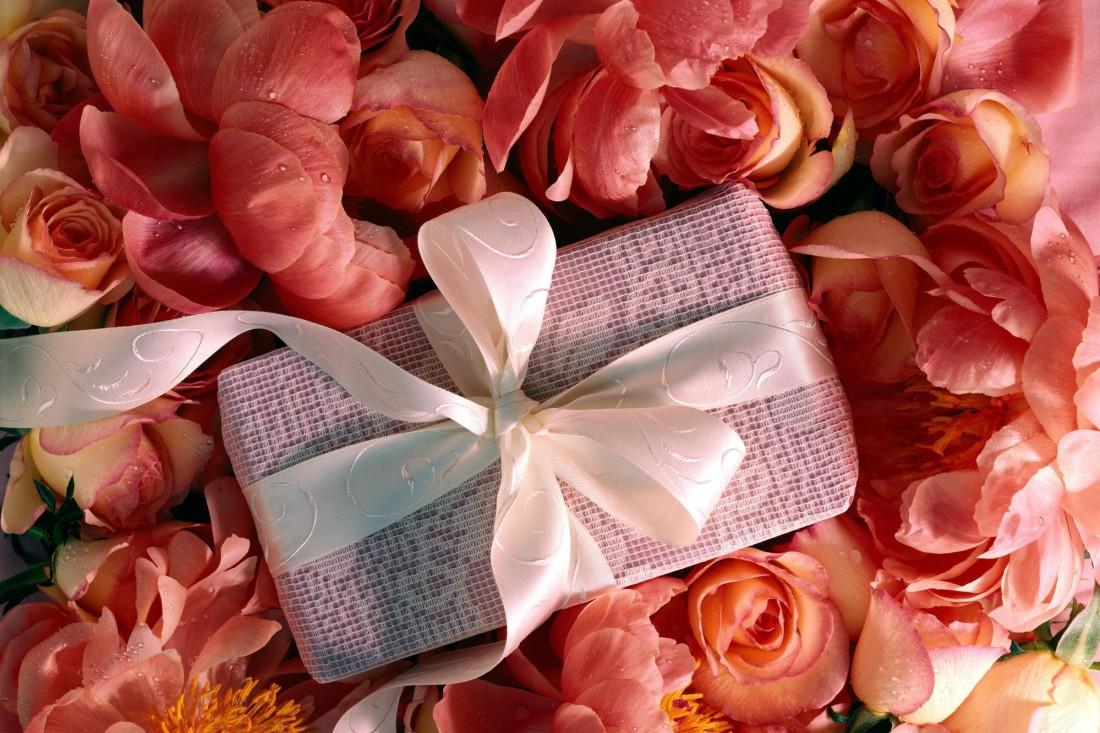 Позаботься о том, чтобы твой подарок к 8 марта был красиво оформлен