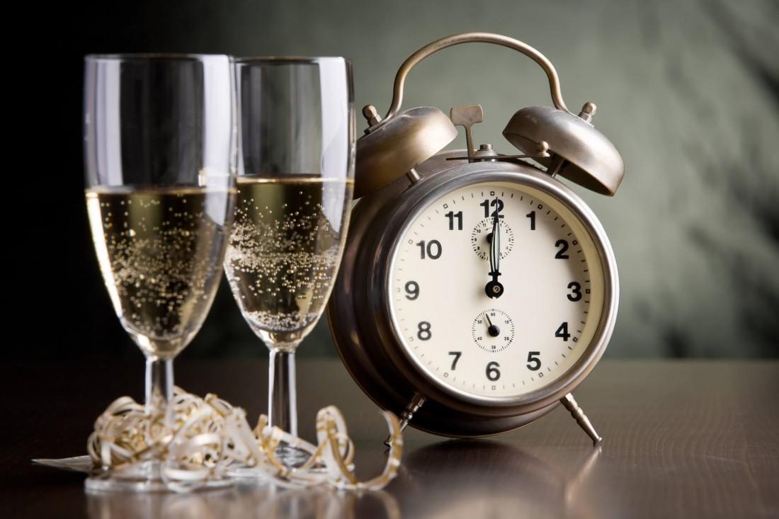 Чокнись шампанским в Старый Новый год. Как-никак, традиция
