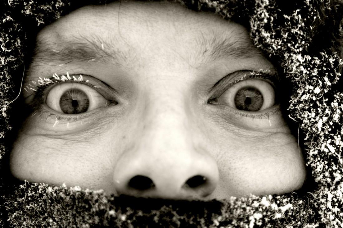 Не прикрывай на морозе надолго нос и рот шерстяным шарфом