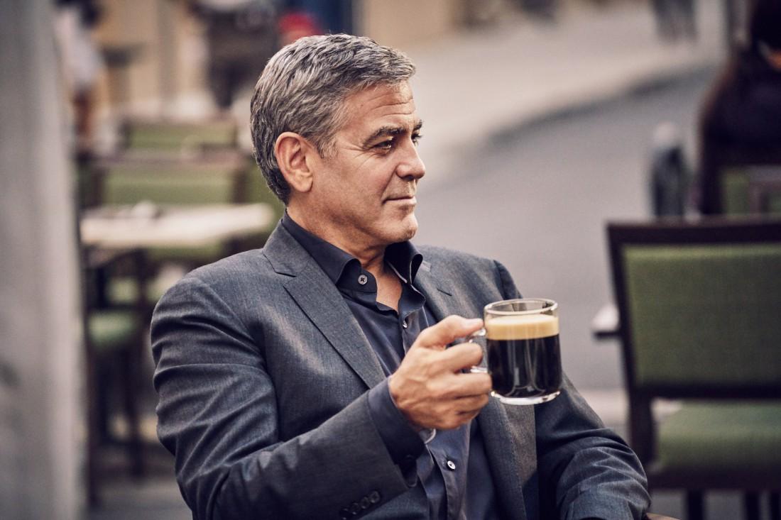 Утренний кофе — спонсор бодрости и стимулятор мозгов