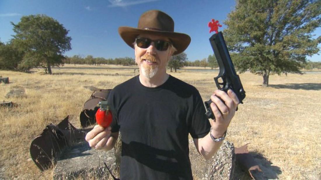 А ты готов стрелять по летящим гранатам из ствола?