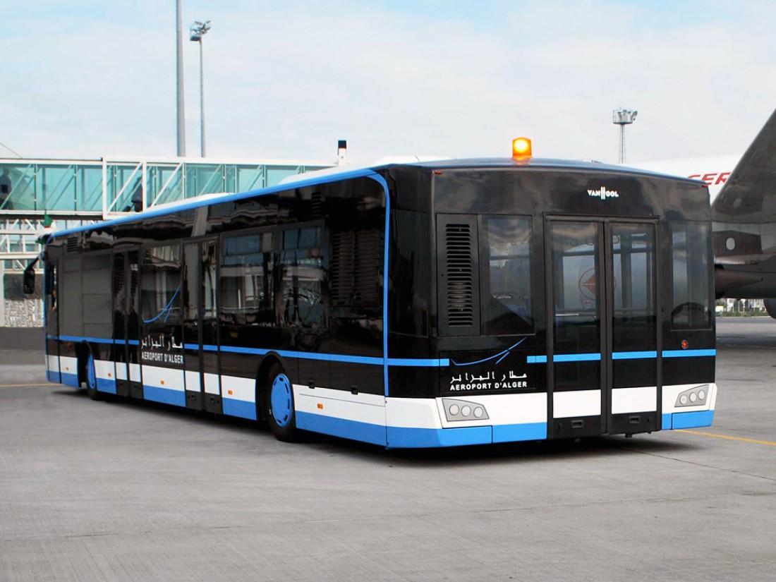 Van Hool AP2375 способен вместить 160 пассажиров