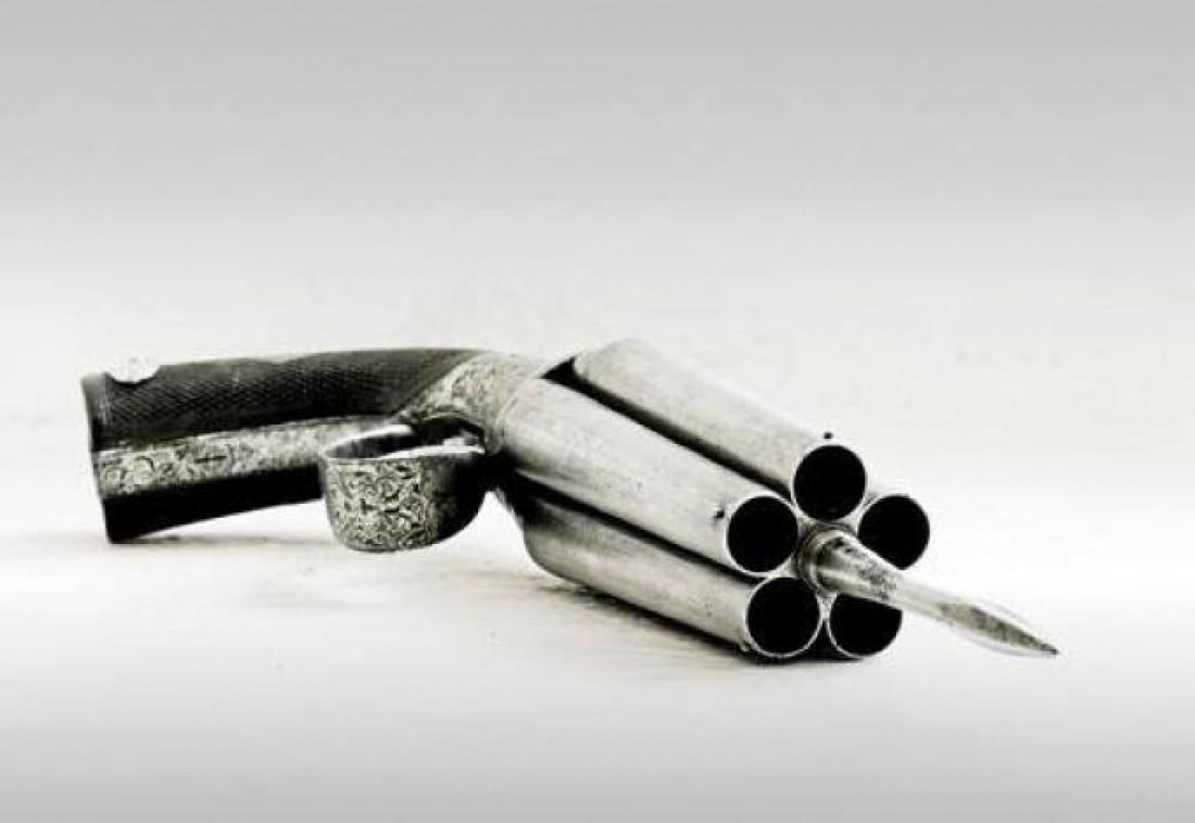 Французский пистолет-стилет XIX века