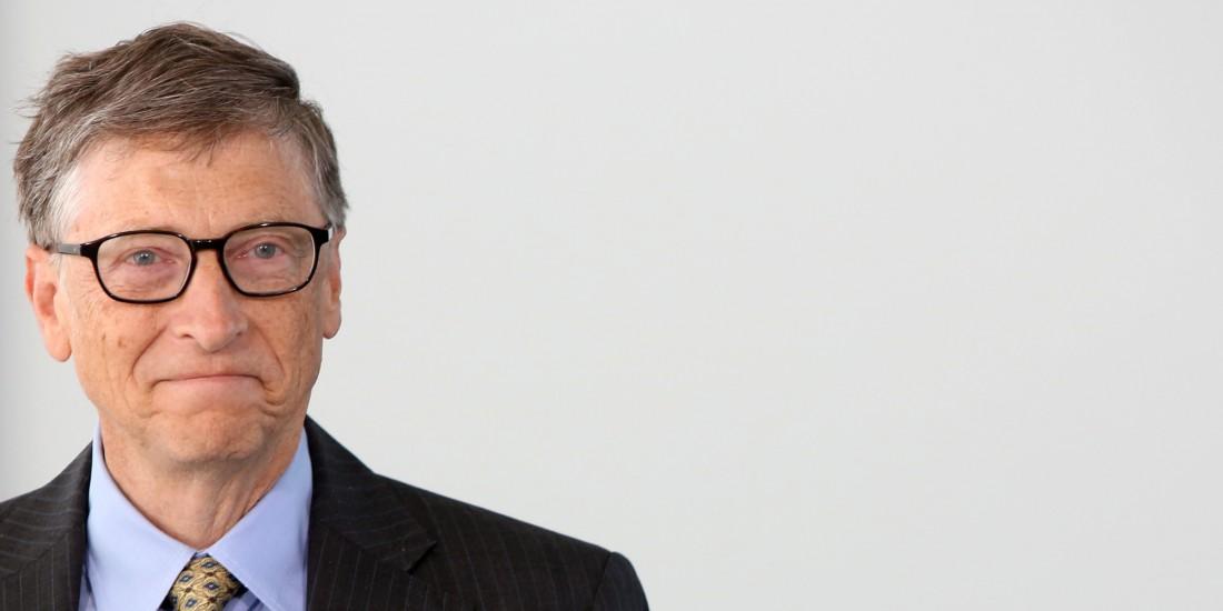 Билл Гейтс — один из создателей и бывший крупнейший акционер компании Microsoft. Собственный капитал: $79,2 миллиарда. Бросил Гарвардский университет на втором курсе — начал заниматься программным обеспечением
