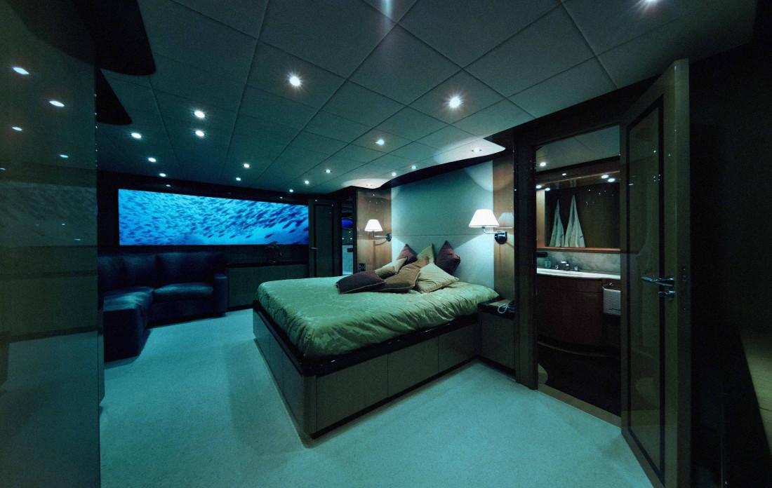 The Mile Low Club — отель, расположенный на борту подводной лодки