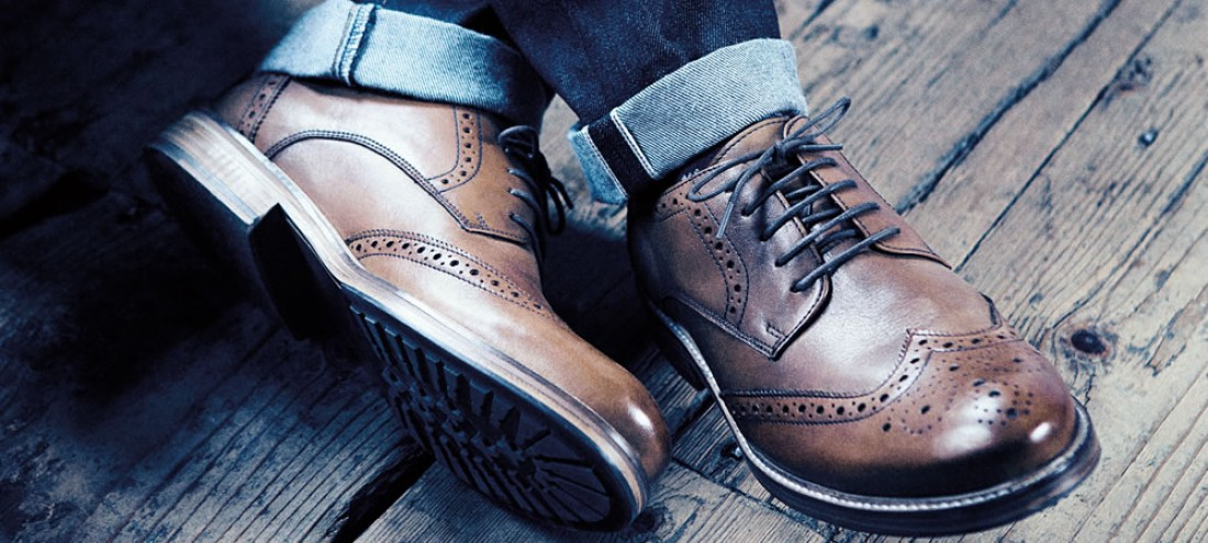 Не экономь на креме для обуви — качественный, он на дольше сохранит лоск твоих туфель