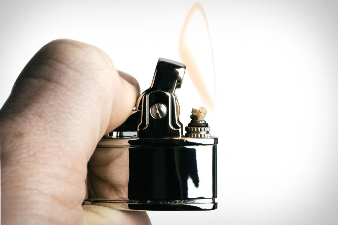 Uncrate Supply — волшебные запонки, из которых можно добыть огонь