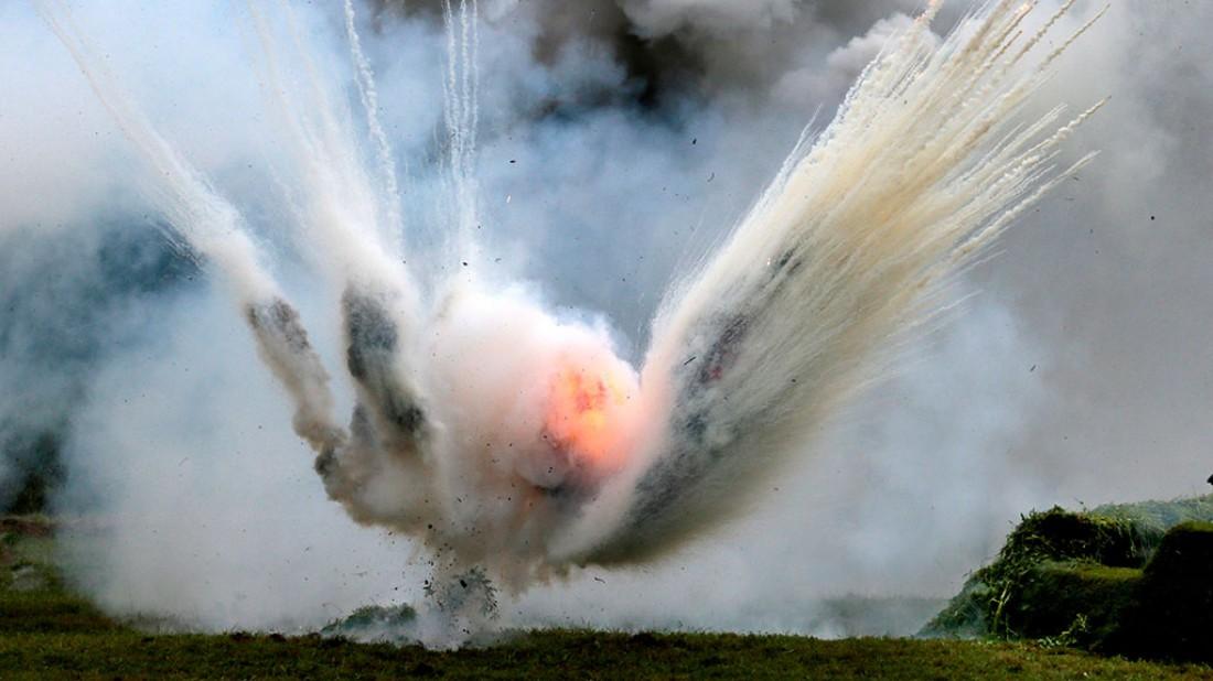Взрыв гранаты. Вид со стороны