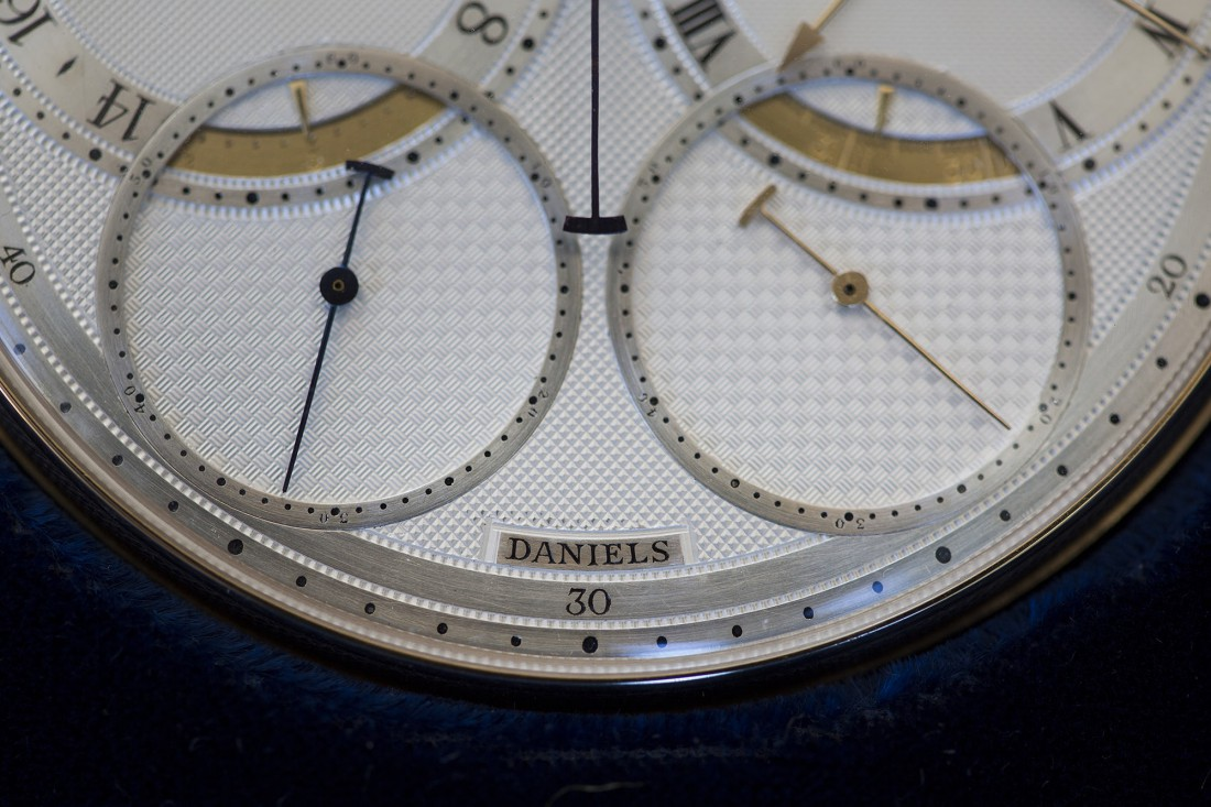 Space Travellers' Watch. Часы имеют 5 циферблатов