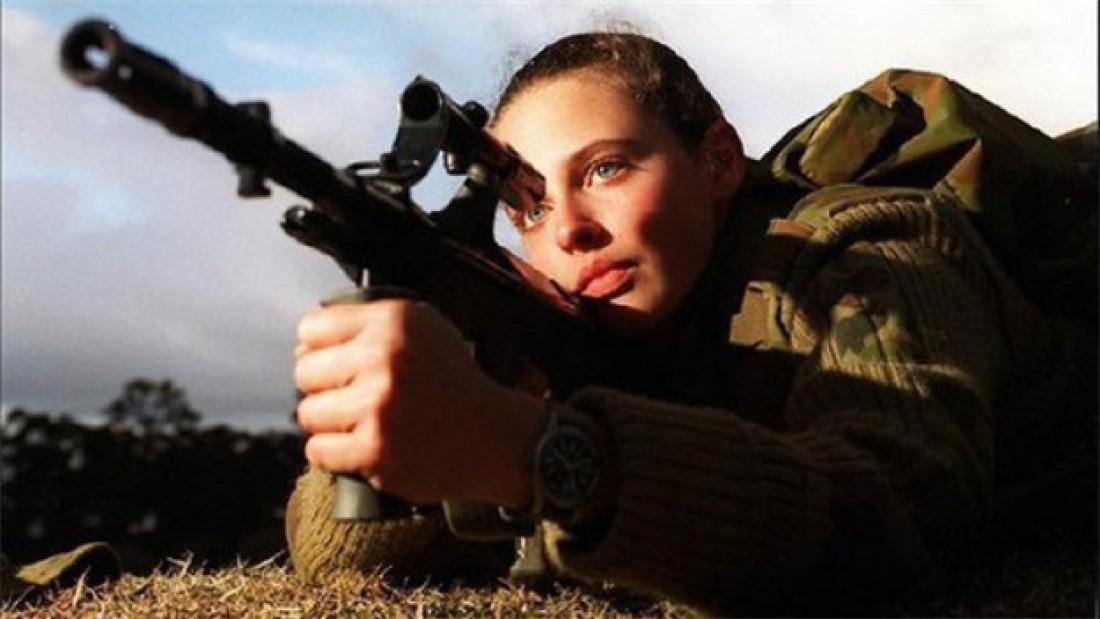 Скоро Австралия заставит своих девушкек воевать на передовой
