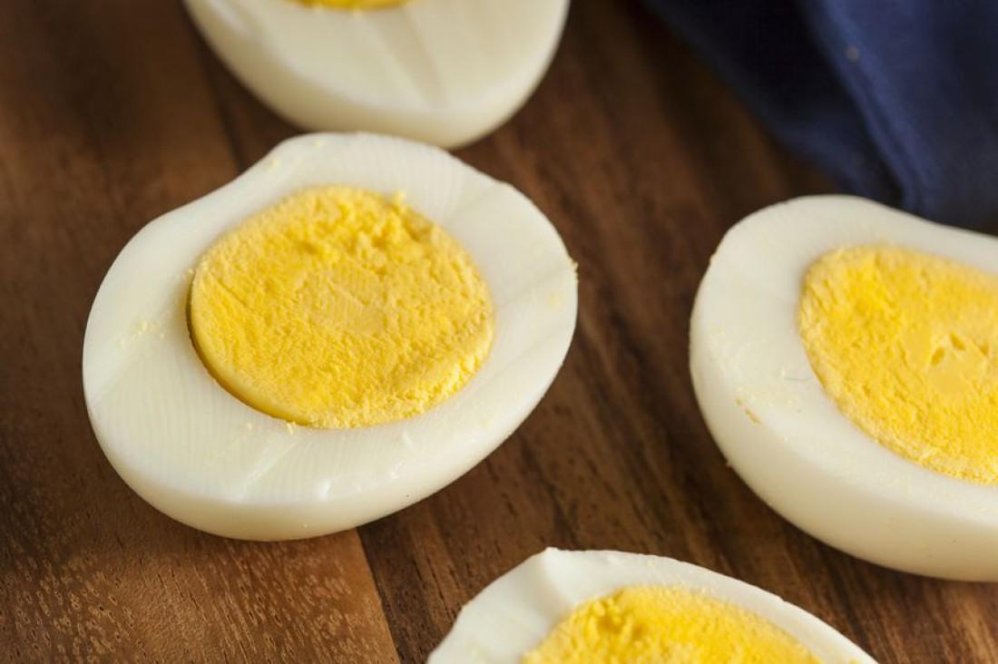 Не бойся есть яйца с желтками, ибо последние — источник полезного холестерина