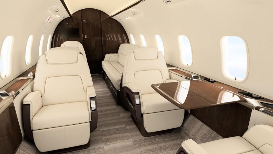 Салон самолета Challenger 350 с теплым полом от компании F/LIST
