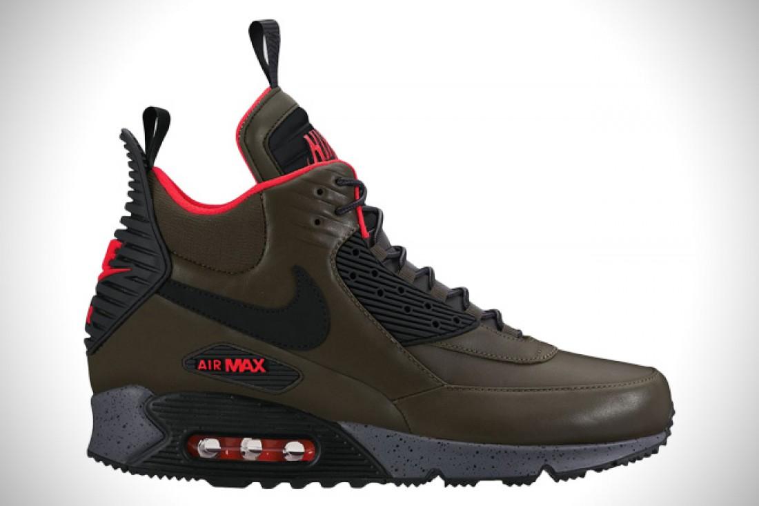 Nike Air Max 90 Sneakerboot — $170