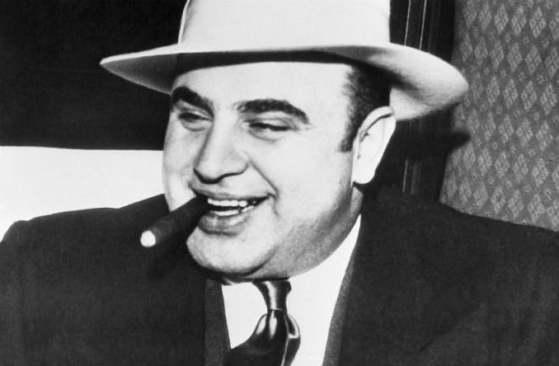 Чикагский американский гангстер 1920—1930-х, легендарный Аль Капоне