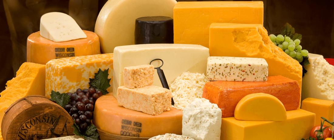 Ешь сыр: он снижает давление и подкрепляет организм кальцием