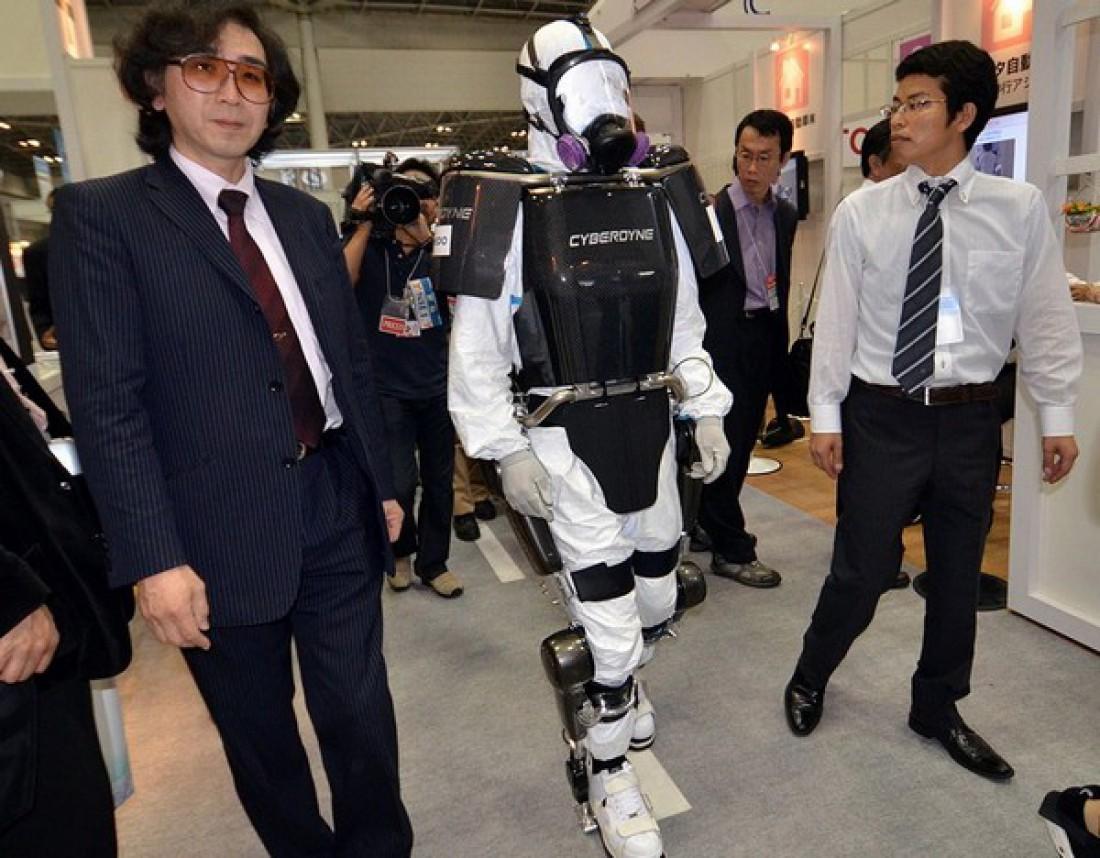 Mobile Suit разработан для работы в условиях повышенной радиоактивности