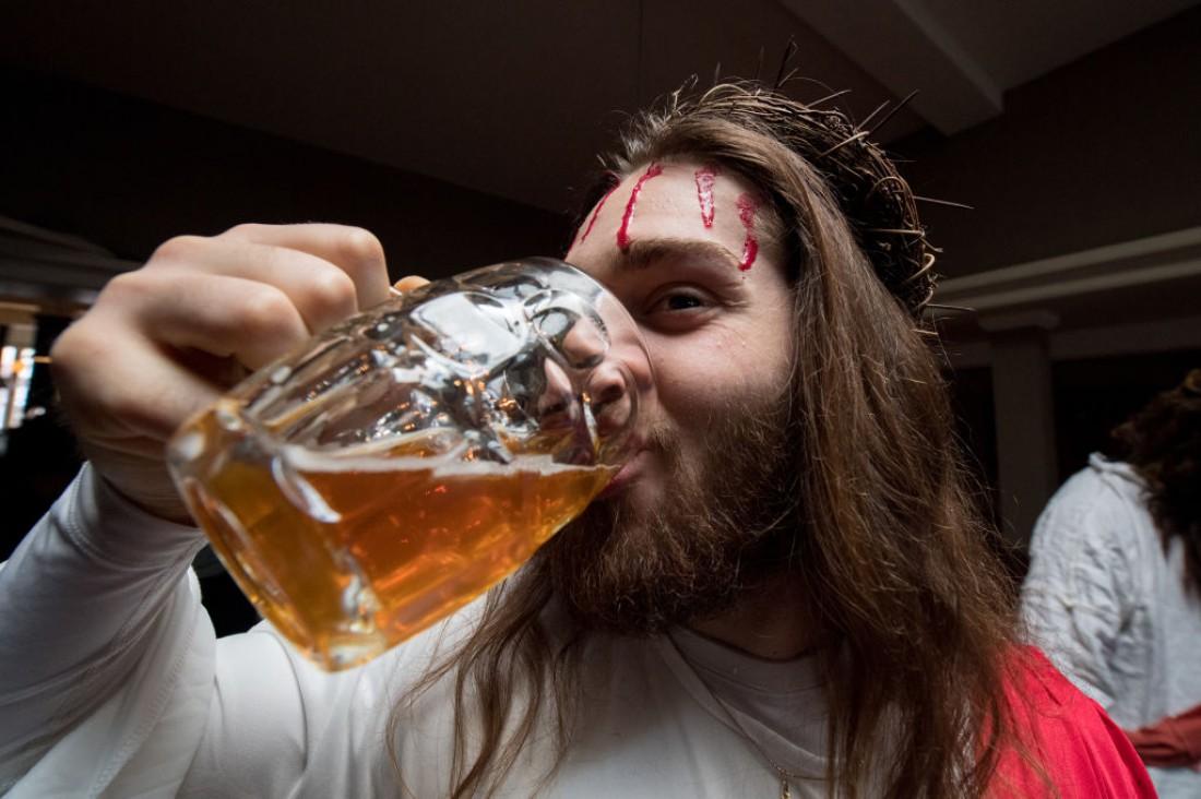 Острую еду лучше запивать не водой, а пивом