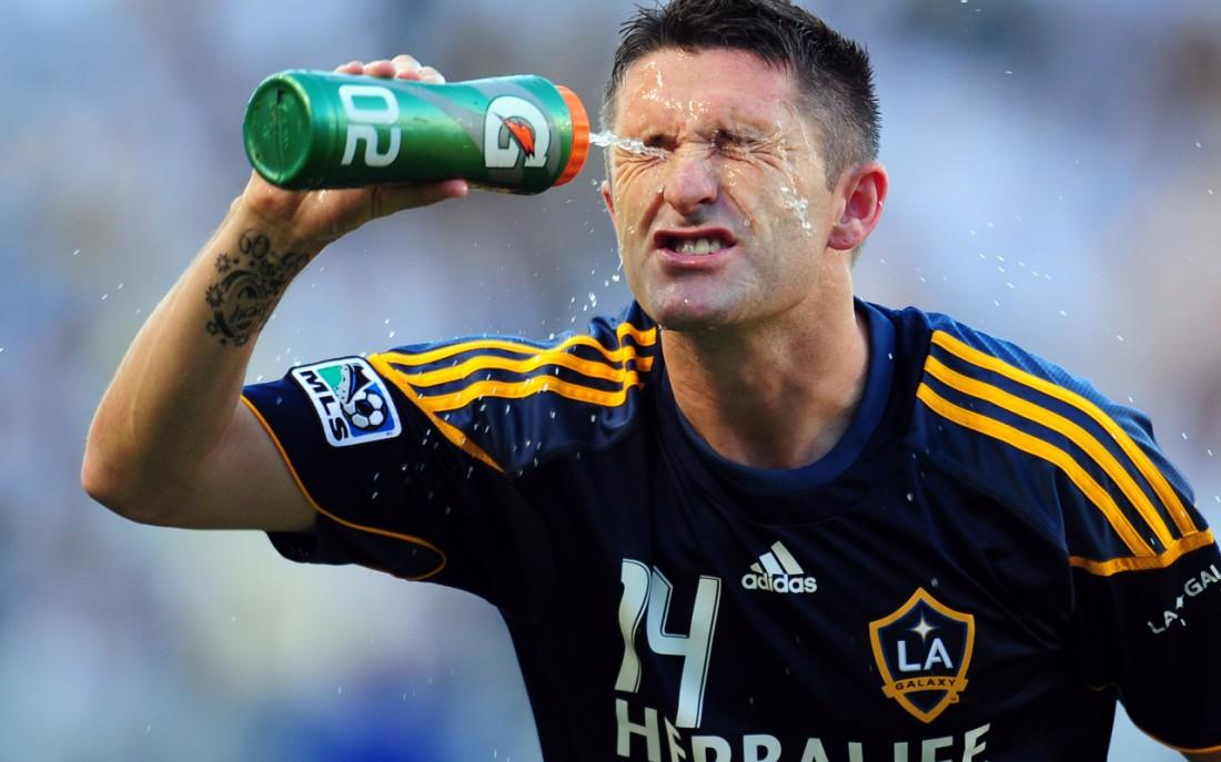 Не пей из пластика, а то получишь по гормонам