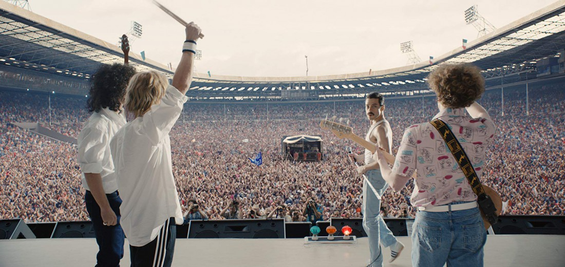 Кадр из фильма, концерт Live Aid на стадионе Уэмбли