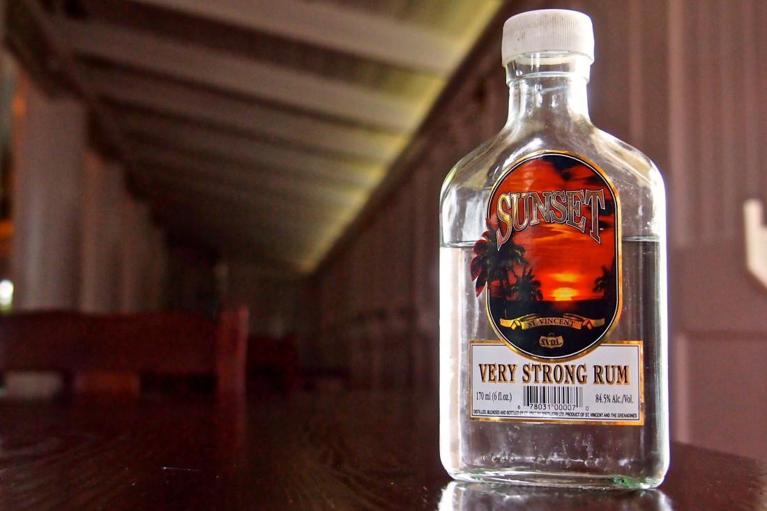 Название рома Sunset символично