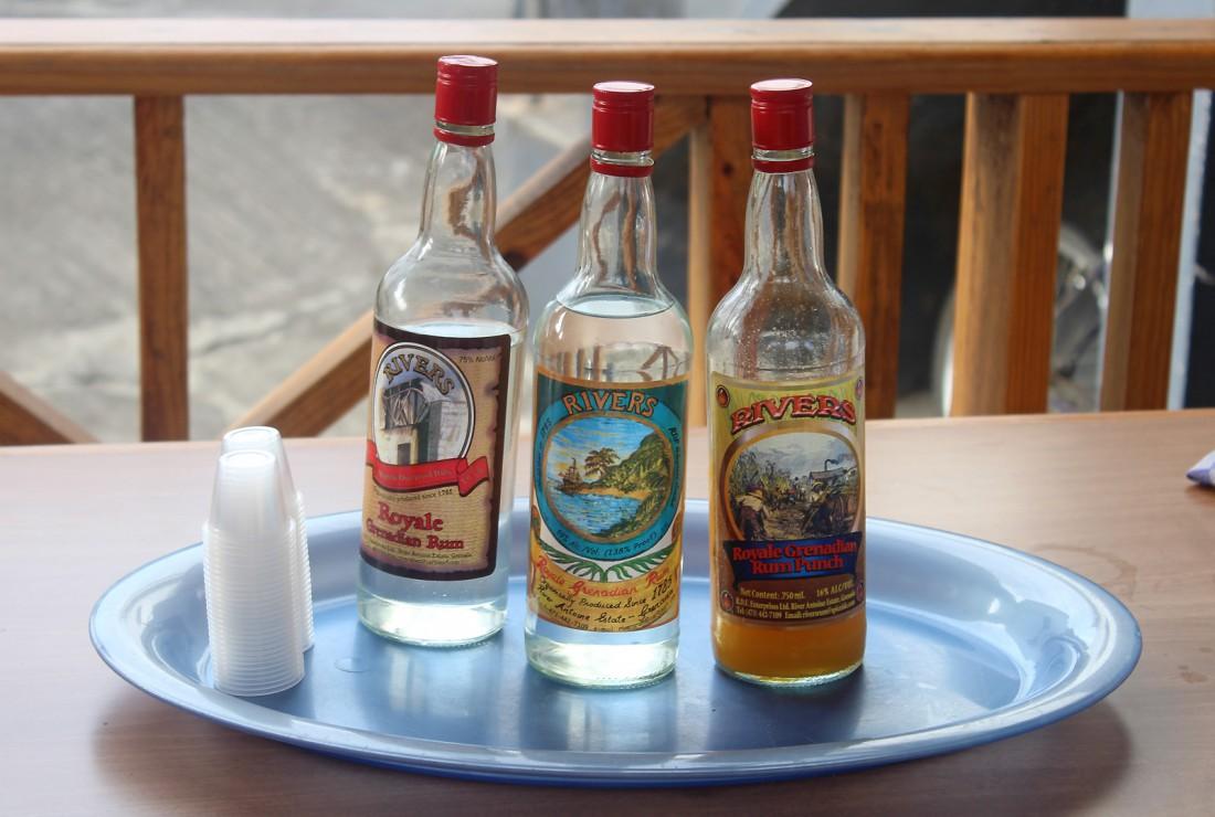 Ром River Antoine Royale Grenadian на вкус как сладкая самогонка