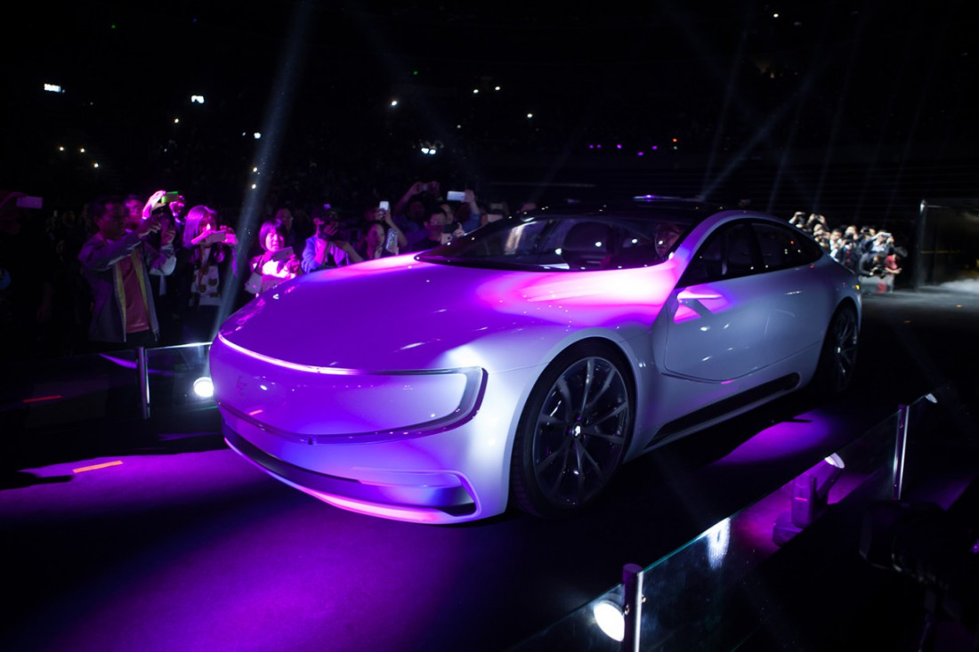 LeSee — китайский конкурент Tesla Model S