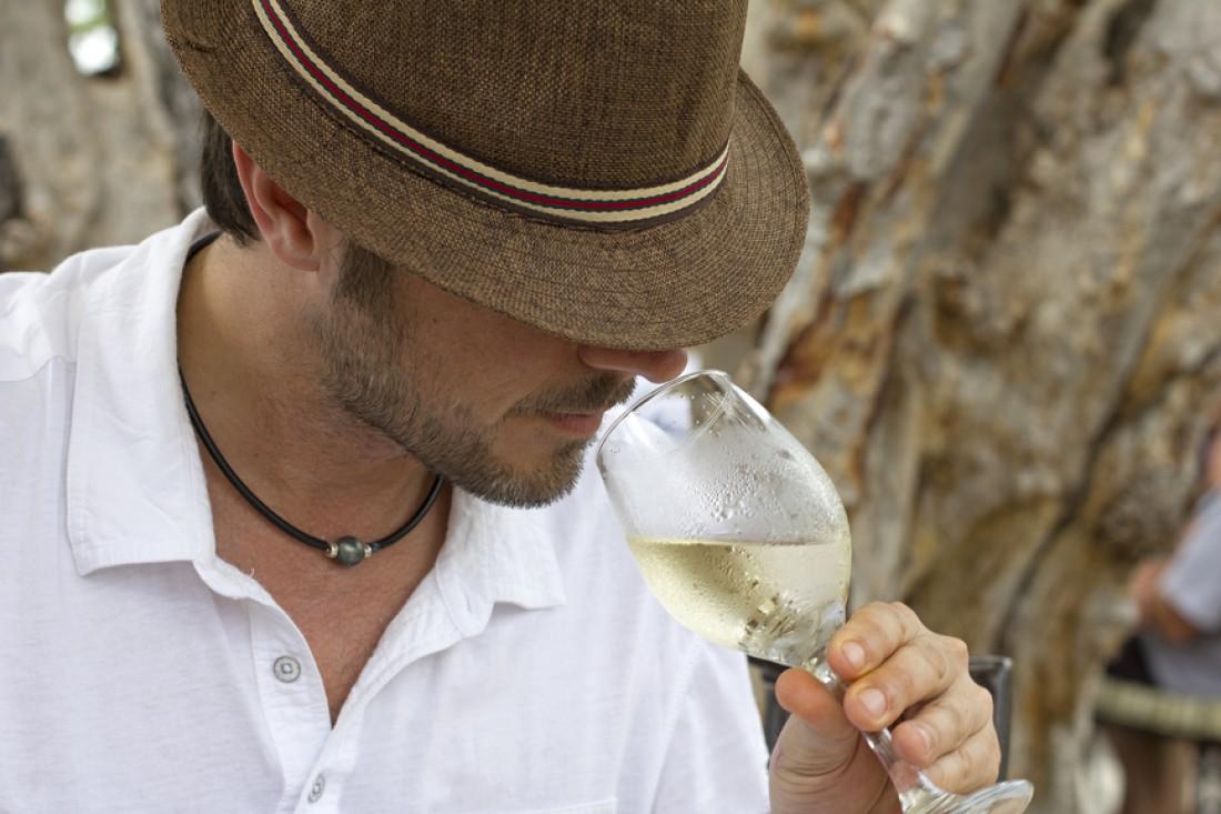 Жители Андорры налегают на вино