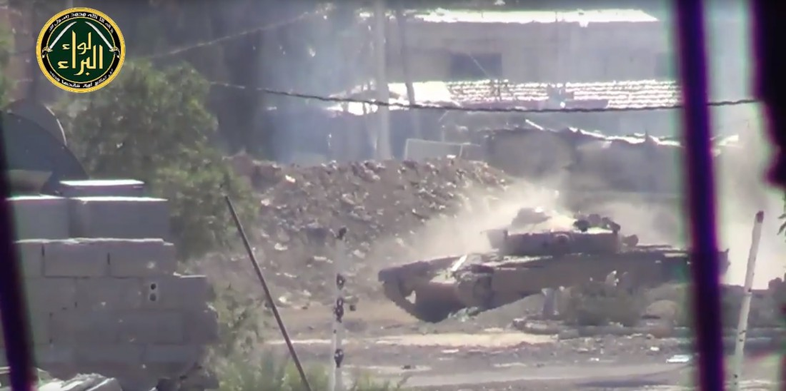 Т-72, целящийся в камеру