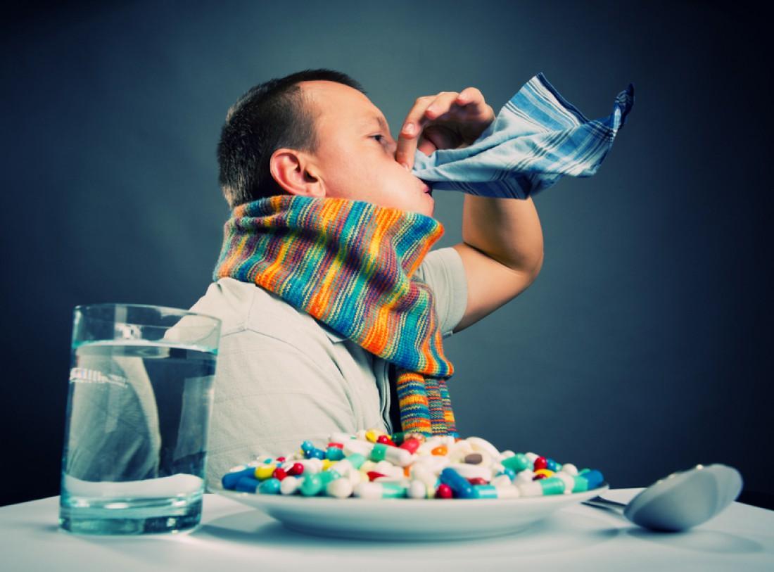 Из-за недосыпания растет риск подхватить сезонную простуду