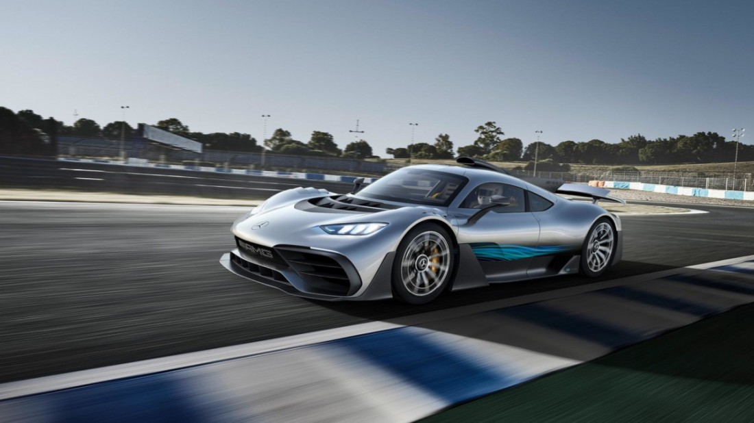 Карбоновый Mercedes-AMG Project One