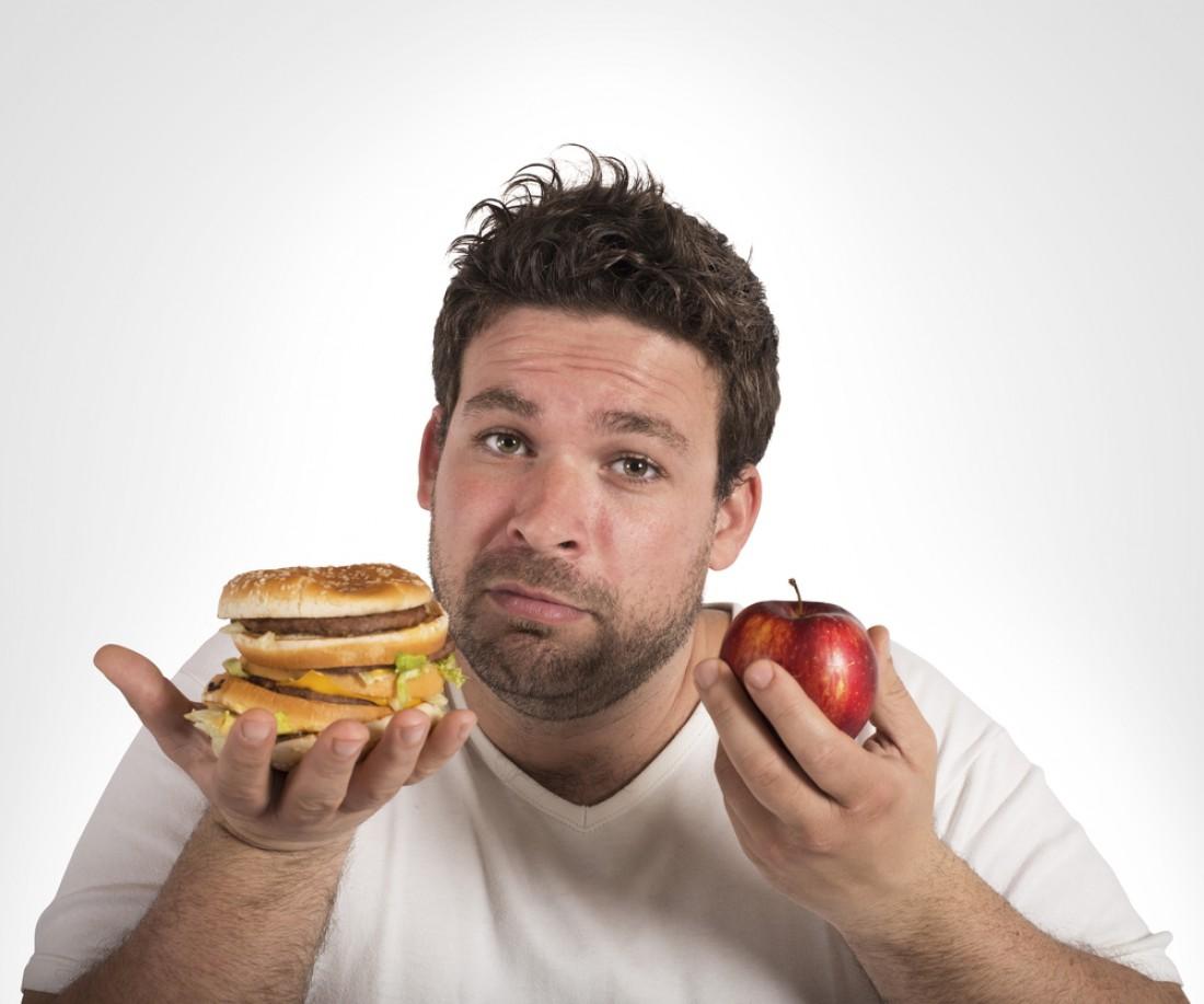Исключи тяжелую жирную пищу, но оставь легкую и полезную